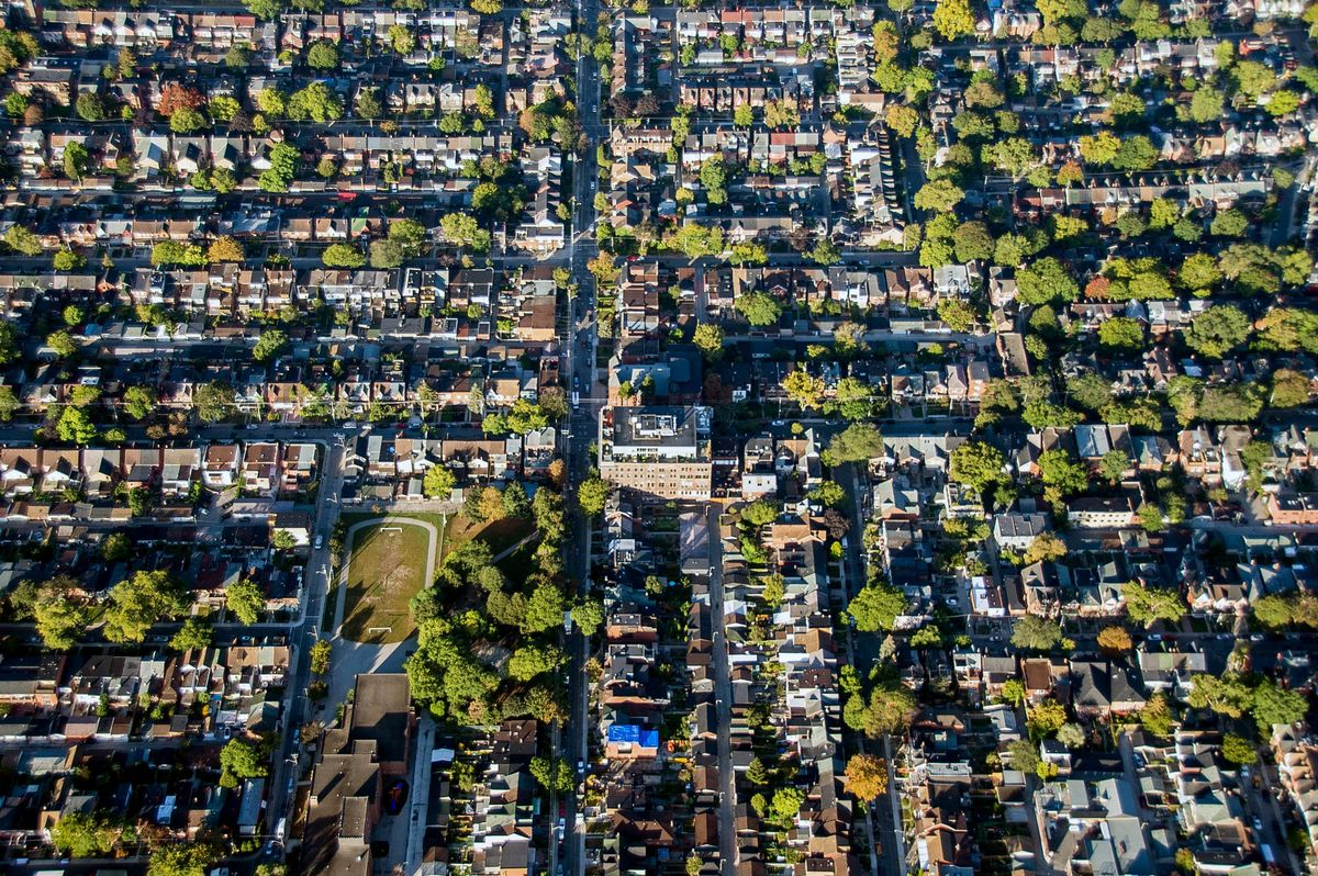 Toronto Home Prices Post Sharpest Drop in Year as Lockdown Hits