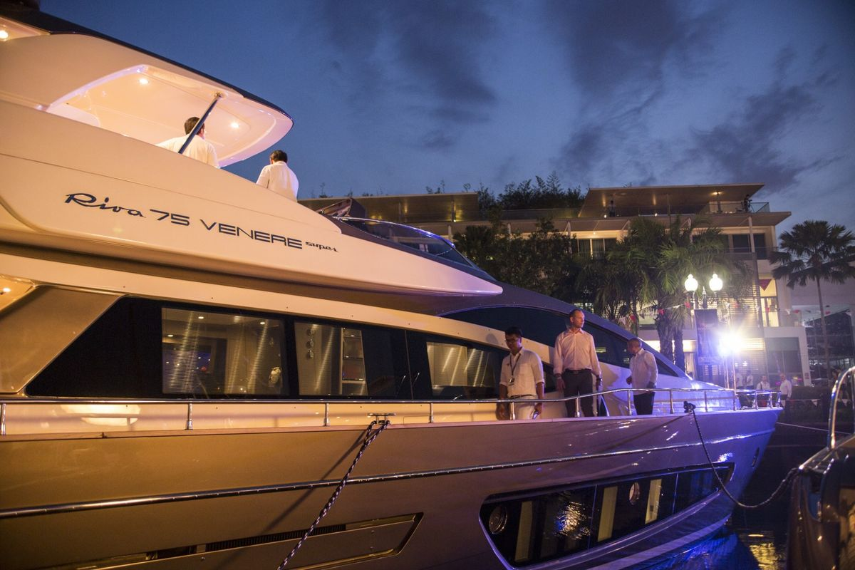 Superyacht Maker Ferretti Valued at Up to $1.2 Billion in IPO