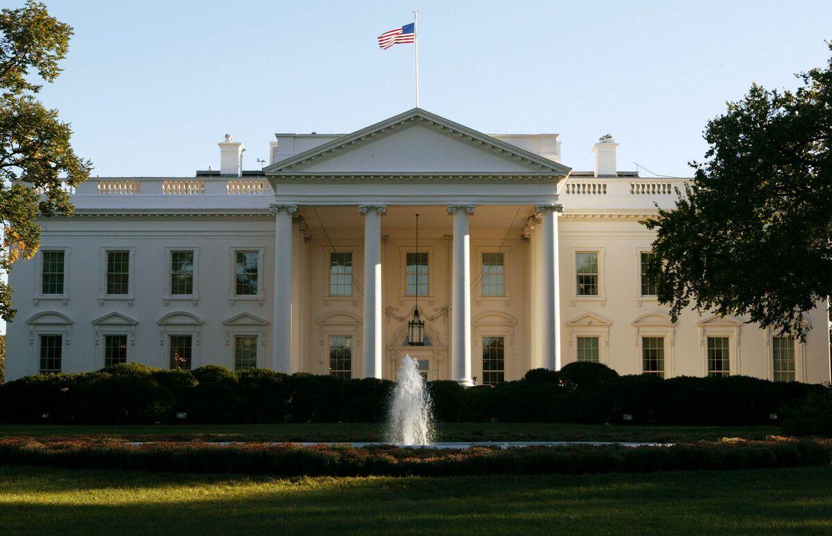 Trump Assistant Spokeswoman Latest to Leave White House thumbnail