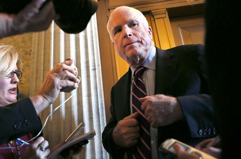 McCain Threatens to Block Contractor Payments From Pentagon