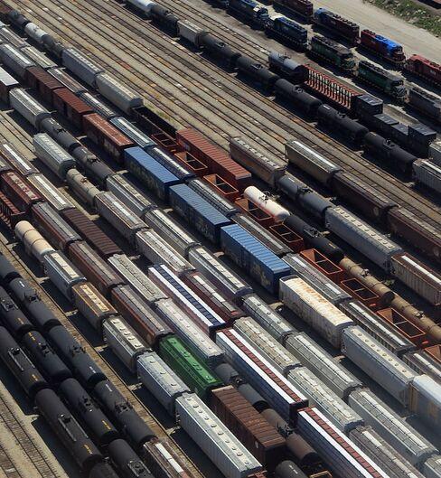 Averting Rail Strike Is Goal of Lawmakers