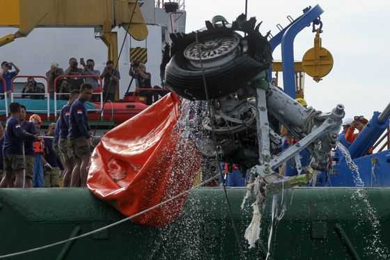 Indonesia Investigates Lion Air After First Boeing Max Crash