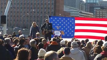 James Taylor performs at a rally for Democratic Senate candidate Bruce Braley in Des Moines on Nov. 1, 2014.