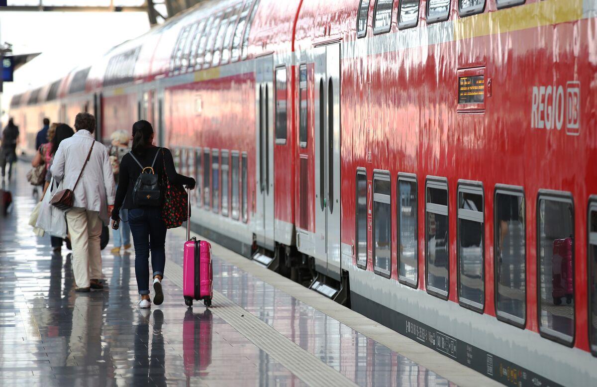 Germany's Deutsche Bahn Eyes Amsterdam for Arriva's IPO