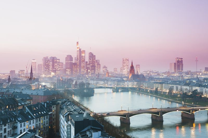 why frankfurt says london can keep its bankers after brexit bloomberg