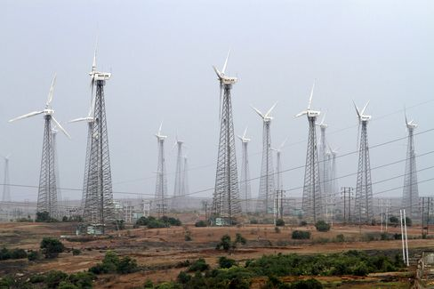 Suzlon to Ask for Debt Extension as Dutch Supplier Seeks Funds