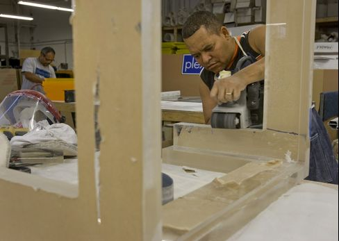 Manufacturing in New York Region Shrank More Than Forecast
