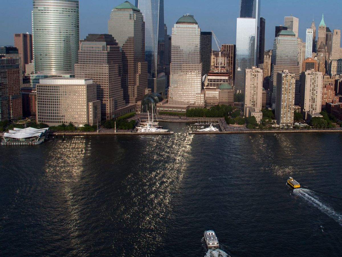 Apartments in Manhattan's Financial District Are Languishing