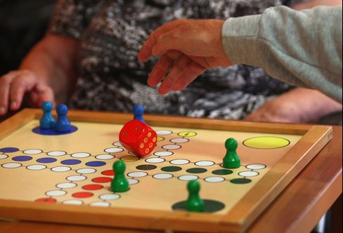 Risk Factors for Dementia May Begin as Early as Adolescence