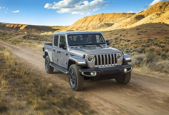 Jeep Sends a Gladiator Into Battle Against Pickups
