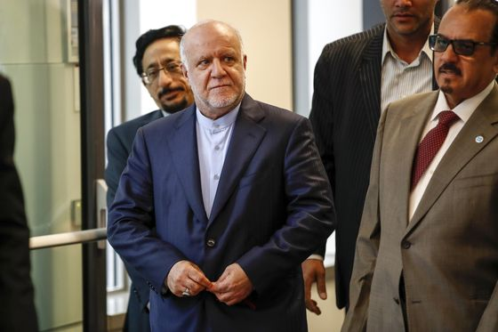 OPEC Seeks Last-Minute Compromise as Iran Opposes Supply Boost