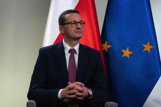 Rebel Poland Is Set to Ratify EU's Pandemic Spending Package