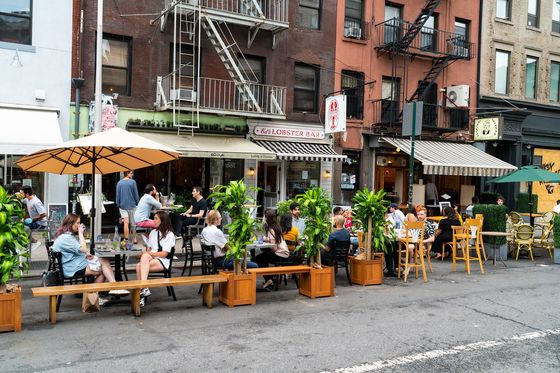 Restaurants Lure New Yorkers to States With Fewer Restrictions