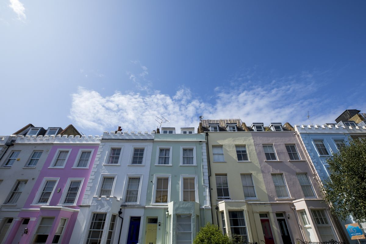 U.K. Home Asking Prices Jump to Near-Record High After Election