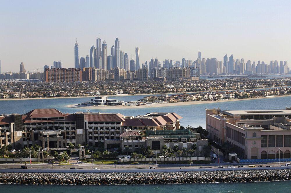 Dubai's Escape From Economic Funk Hinges on Retail, Tourism
