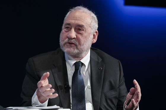Joseph Stiglitz Sees Risk of Persistent Double-Digit U.S. Unemployment
