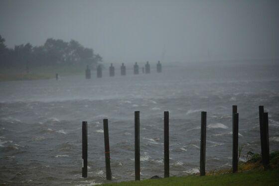 New Orleans Port Halts Container Terminals on Hurricane Ida