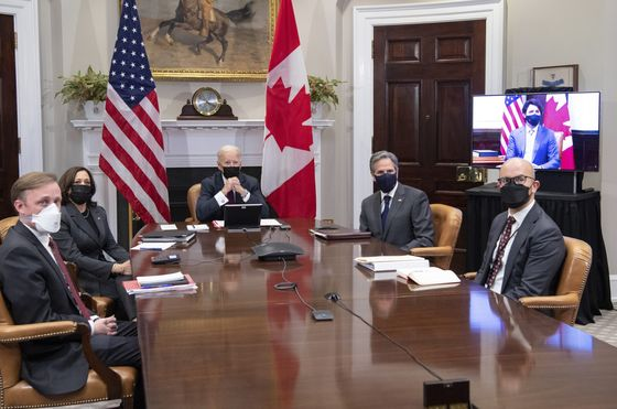 Biden, Trudeau Bypass Tension for Unity on Virus, China, Climate