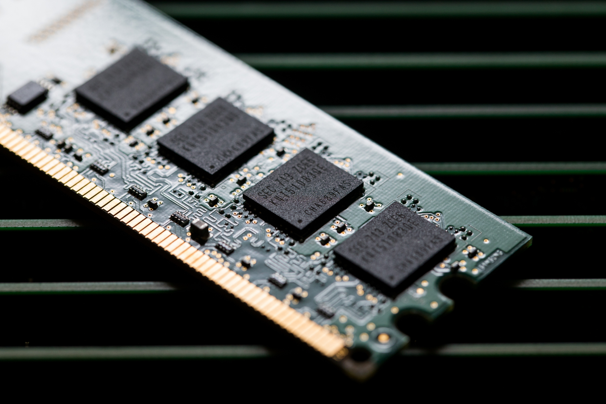 Aaplnasdaq Gs Stock Quote Apple Inc Bloomberg Markets High Grade Circuit Board For Scrap Gold Recovery Lot Of 19 Ebay