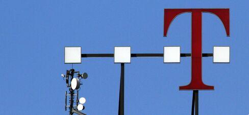 Deutsche Telekom Profit Tops Estimates on Subsidy Cuts, Euro