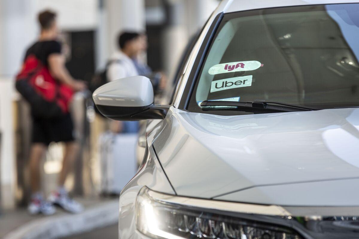 Uber, Lyft Sued by California in Major Gig-Economy Crackdown
