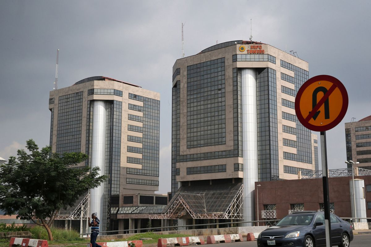 bloomberg.com - Antony Sguazzin - Nigeria Oil Bill Makes Provision for NNPC Share Sale