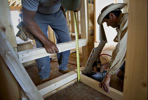 Asia Stocks Rise on U.S. Housing Pickup; Rubber, Won Advance