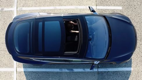 The P90D comes with an optional large glass panoramic sunroof