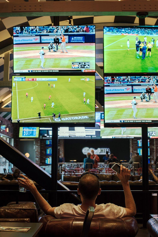 Internet gambling scores its biggest win casino mustang com