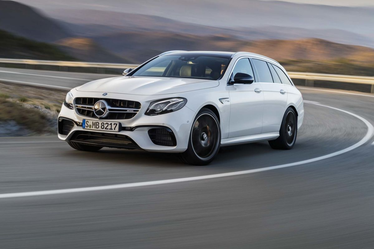The Mercedes-Benz AMG E63 S Wagon is an elite car - Bloomberg