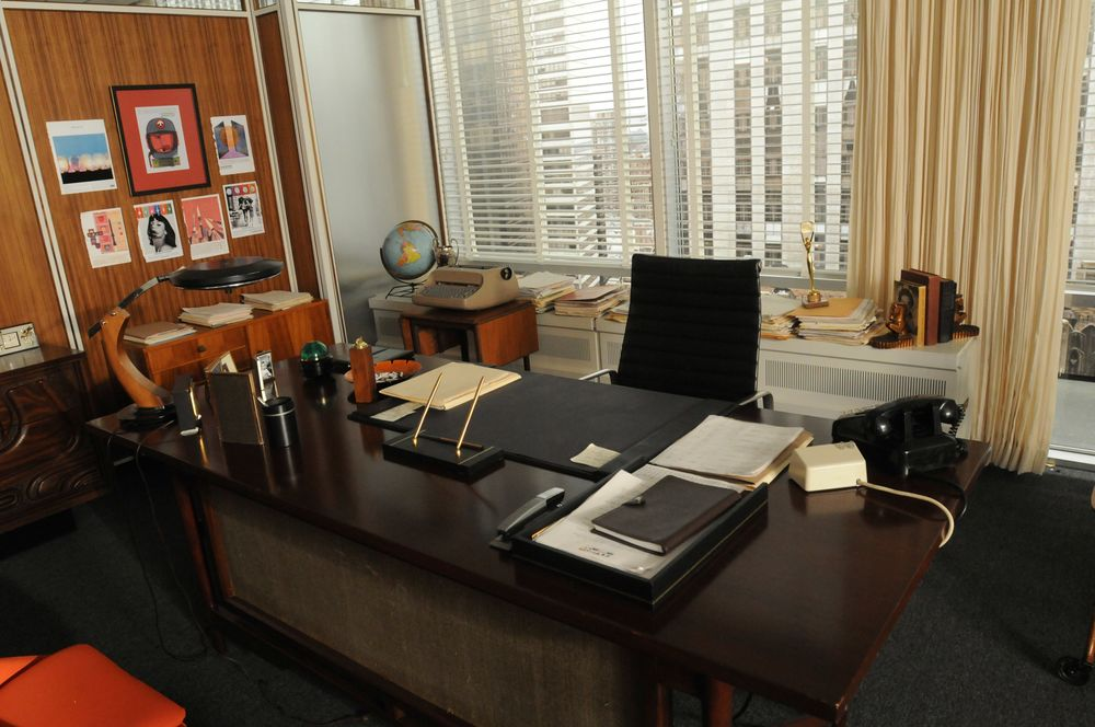 expensive office cubicle sets premise enhanced using vintage accessorieslike the phone desk pad and radiois an want don drapers office from mad men heres how to get it bloomberg