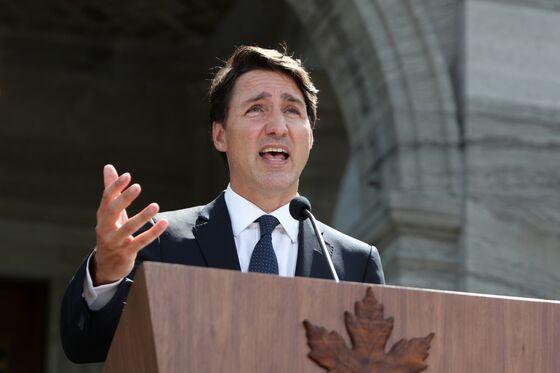 Trudeau Targets Big Canadian Banks, Vowing Surtax on Profits