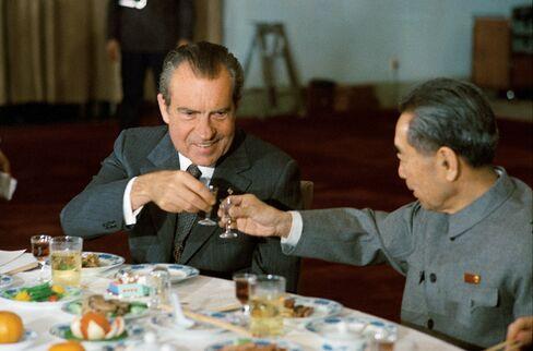 President Richard Nixon and Premier Zhou Enlai