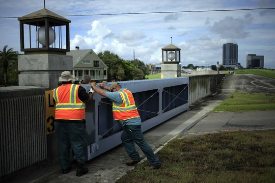 As Ida Bears Down, New Orleans Faces Biggest Post-Katrina Test