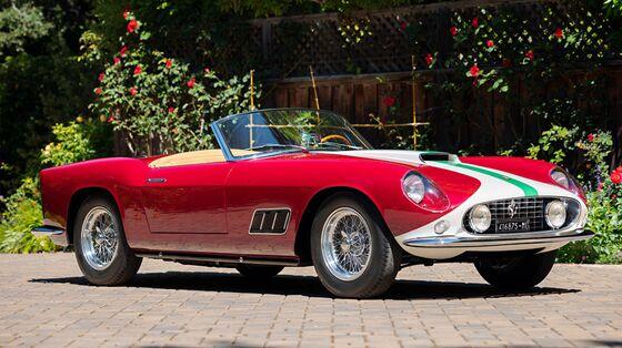 Pebble Beach's 'Bombastic'Car Auctions Show a Red-HotMarket