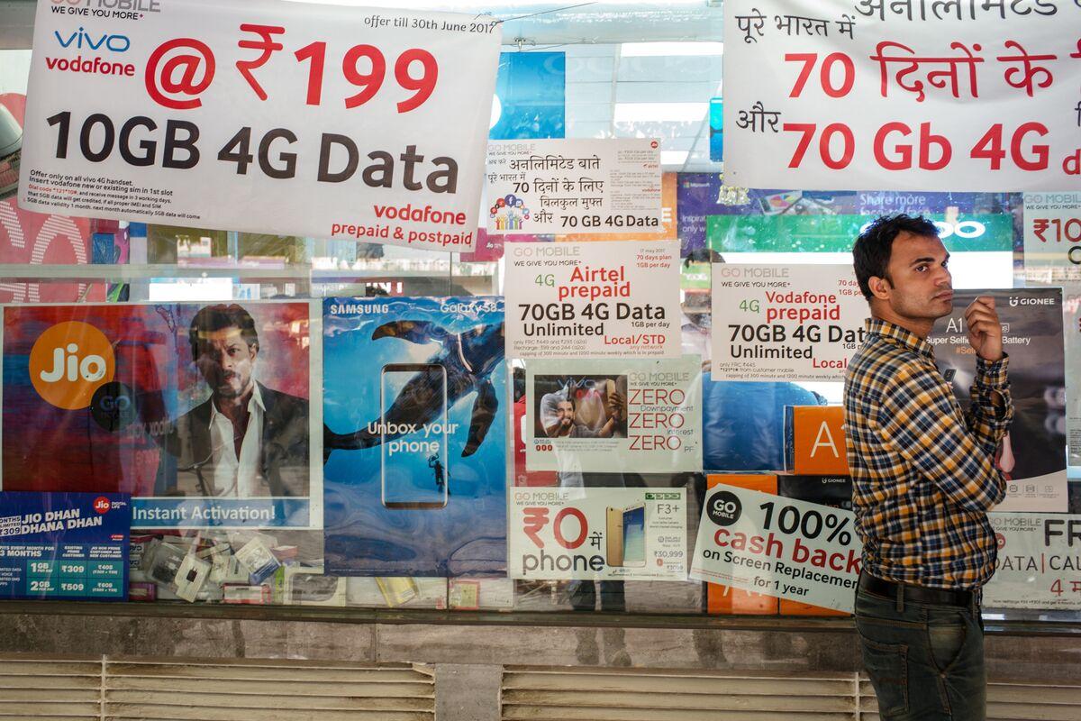 India's Beaten-Down Telcos Soar on Signs Price War Receding
