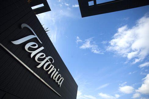 KPN-Telefonica German Merger of Foes Presages More Dealmaking