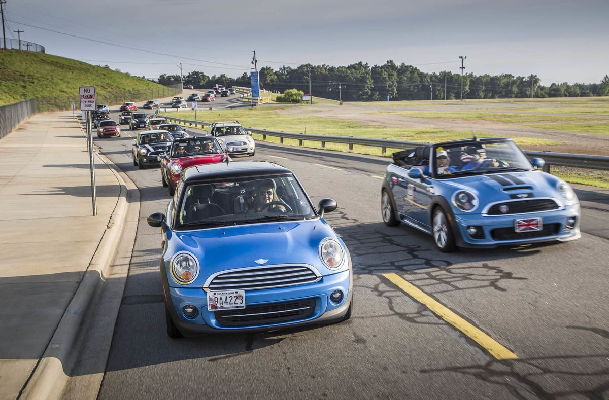 Mini Cooper Usa >> A Look Back At 15 Years Of Mini In America Bloomberg