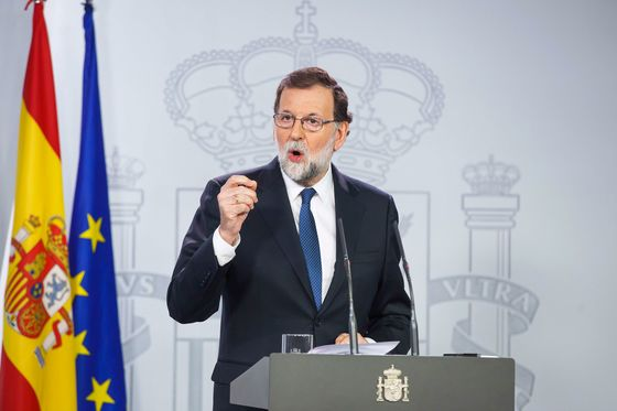 Rajoy Refuses to Be Written Off as Spain Rivals Seek Ouster