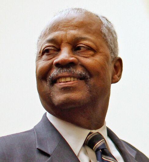 Donald Payne Dies at 77