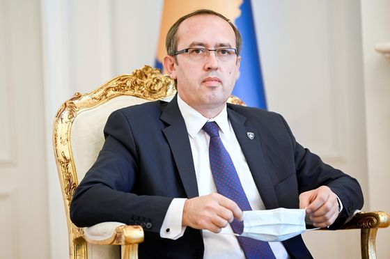 Kosovo Prime Minister Tests Positive for Covid-19, Goes Into Isolation