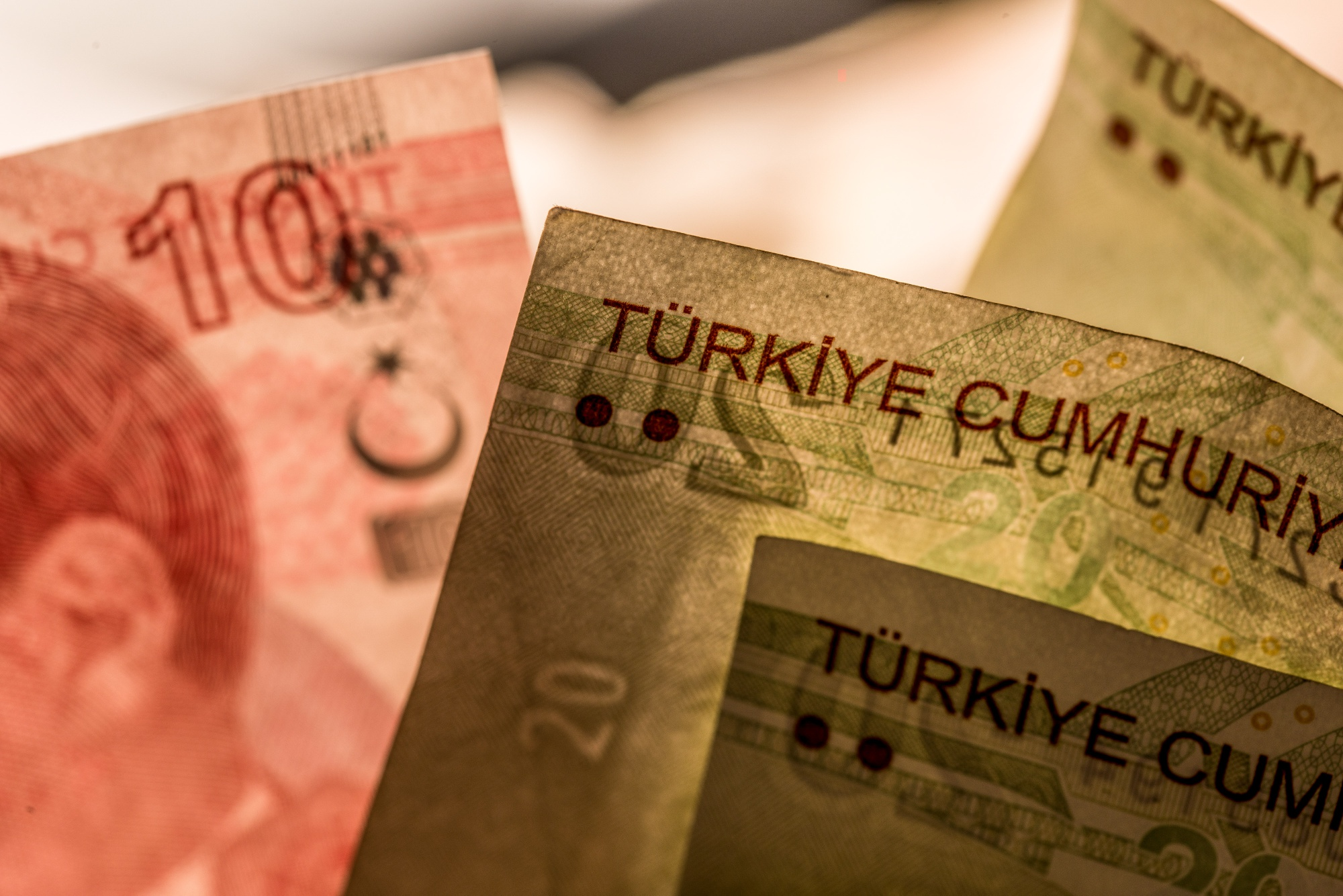 Turkey Told Bankers It May Exceed Targets for Borrowing