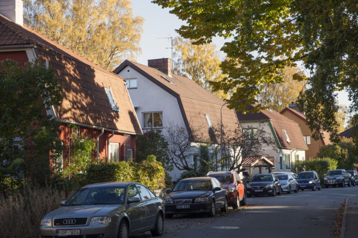 housing slump Housing slump in anderen sprachen: deutsch - englisch wörterbuch englisch ↔ deutsch: housing slump übersetzung 1 - 50 von 345.