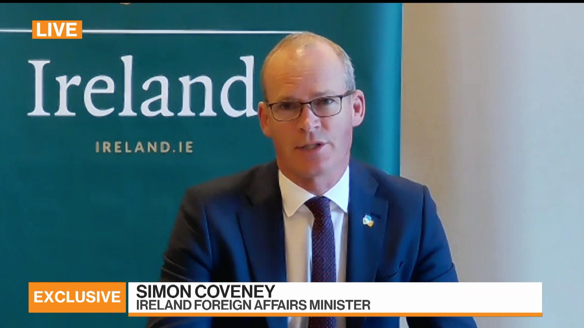 Ireland's Coveney Sees 'Good Chance' of Brexit Trade Deal
