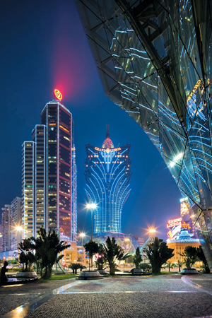 Macau's Casinos Try to Lure High Rollers Outside the Junket System