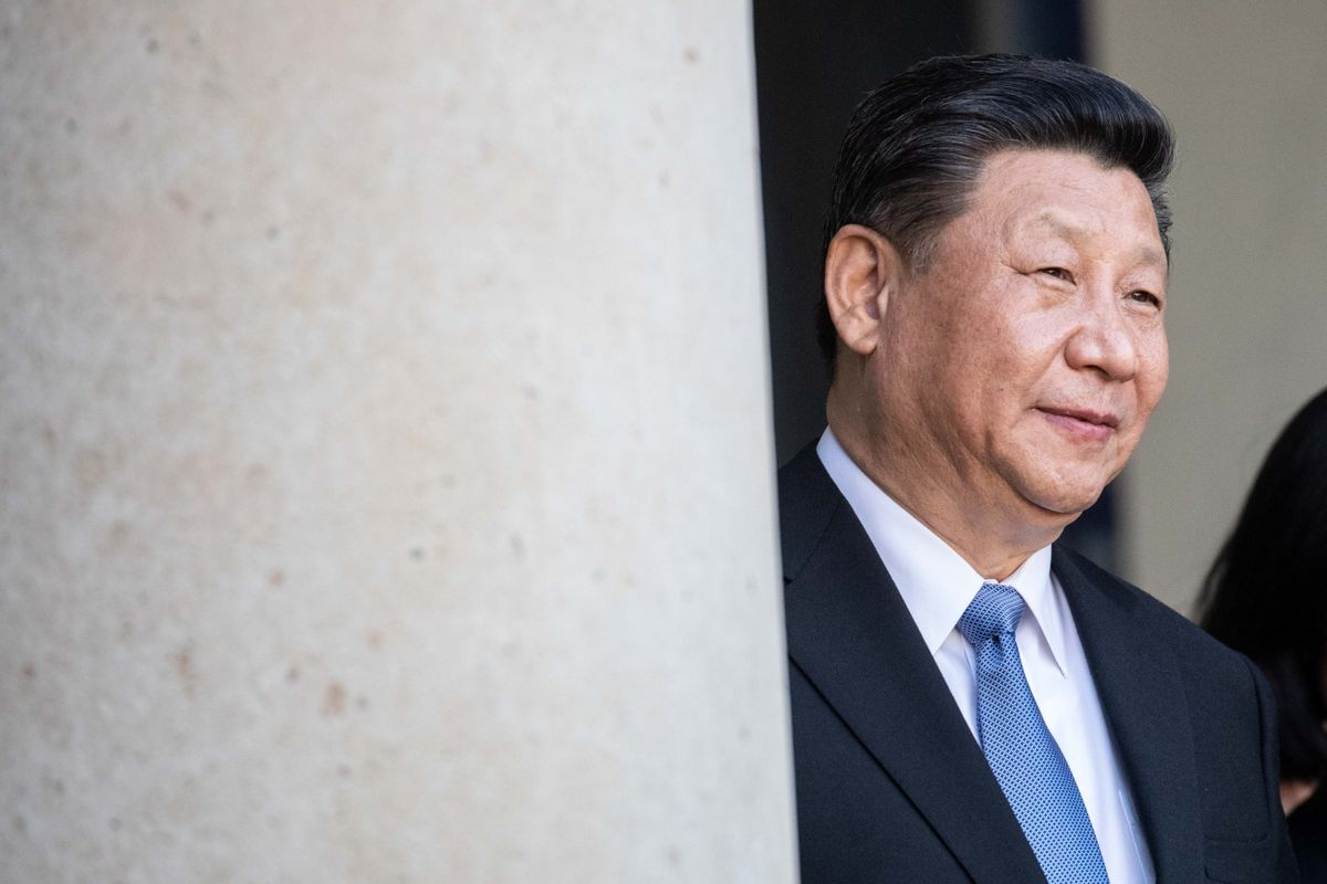 Xi Says China's Economy Noticeably Improving, Can Manage Risks