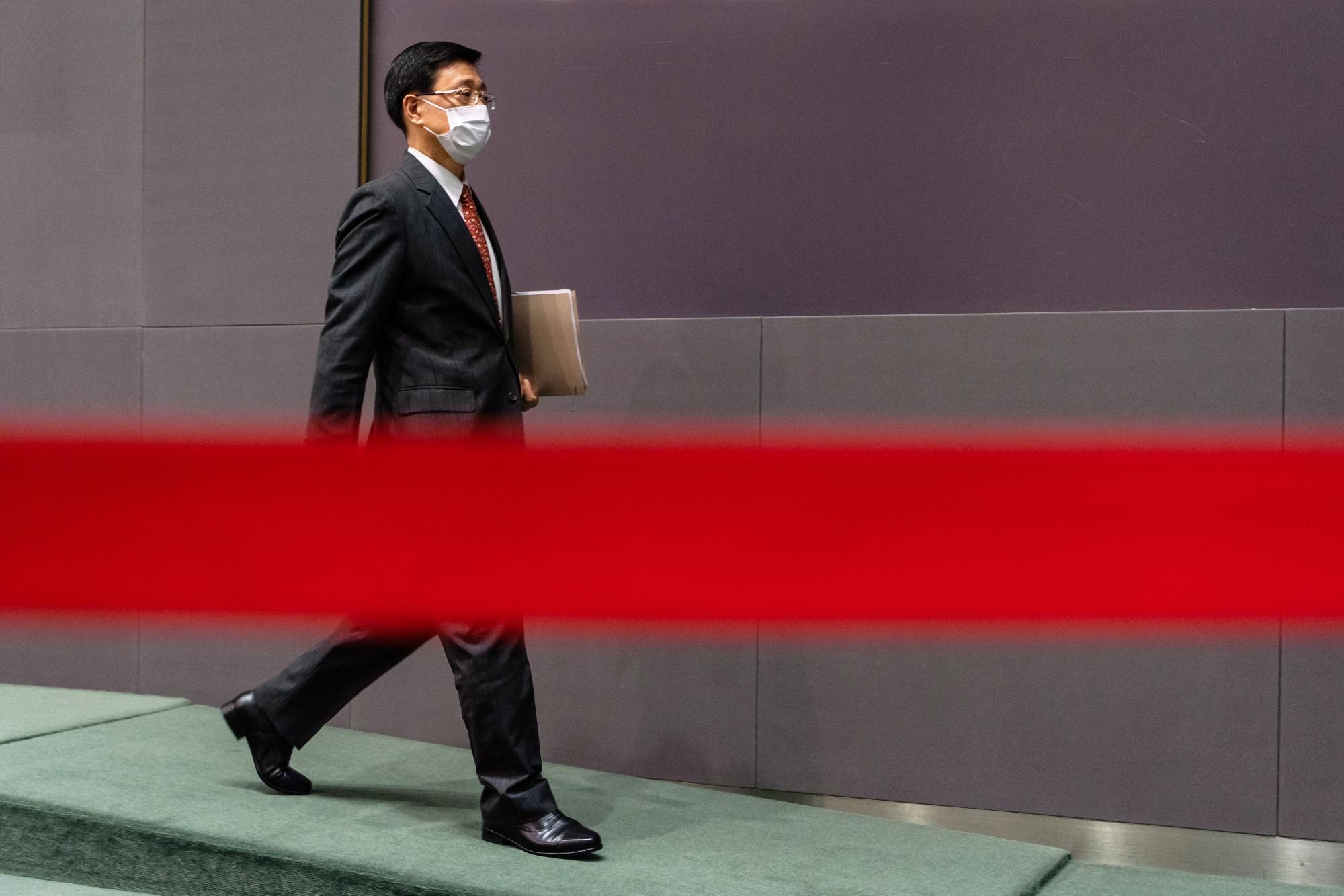 香港政府ナンバー2に民主派取り締まり指揮の李家超氏-中国が決定