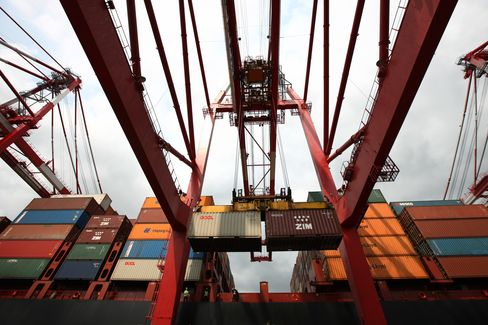 South Korea's Exports Fall for 3rd Month as Global Demand Wanes