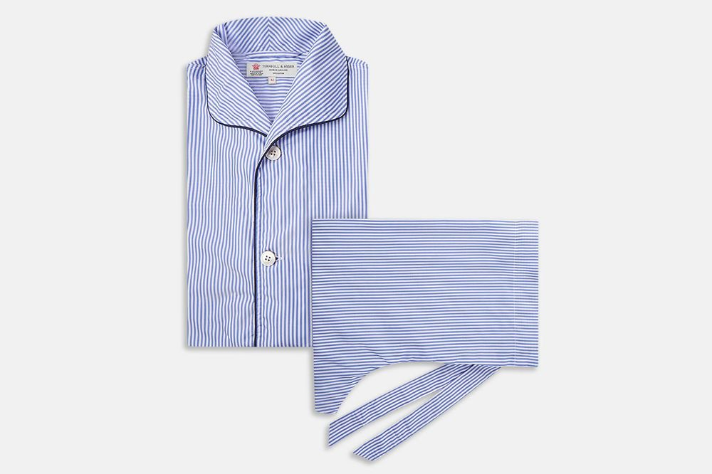 3014db18 The Best Pajamas for Men: Comfortable, Attractive, and Warm - Bloomberg