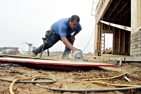 Builders Probably Began Work on Fewer U.S. Houses in August
